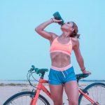 サイクリング後の水分補給